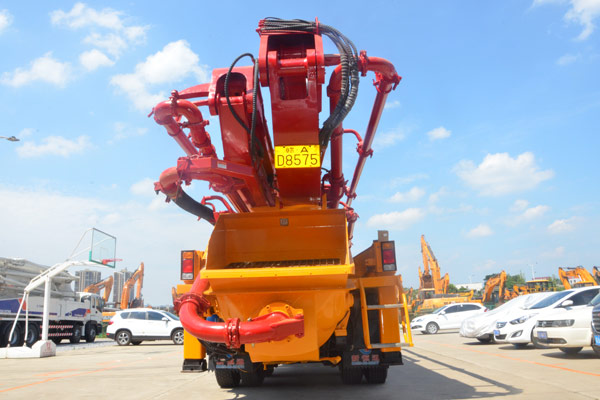 Heavy Duty Sany Truck Mounted Concrete Boom Pump SY5401THB45 46m